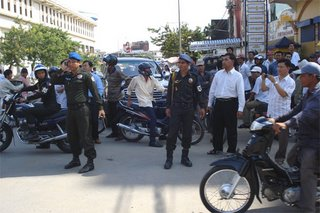http://www.cambodia.org/blogs/editorials/uploaded_images/polices-in-front-of-PP-court-784874.jpg